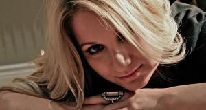 Performer Highlight: Robyn Pauhl
