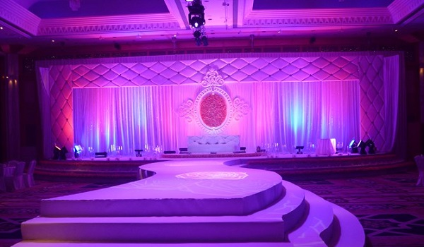 amazing wedding stages canadianspecialevents 1