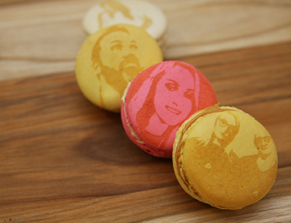 MakeLab's Edible Photo Booth Macarons